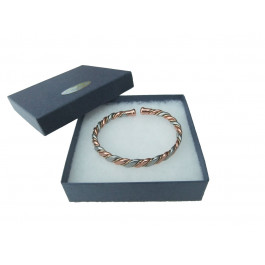 Magnetic and Copper bracelet in Twisted Three Colours